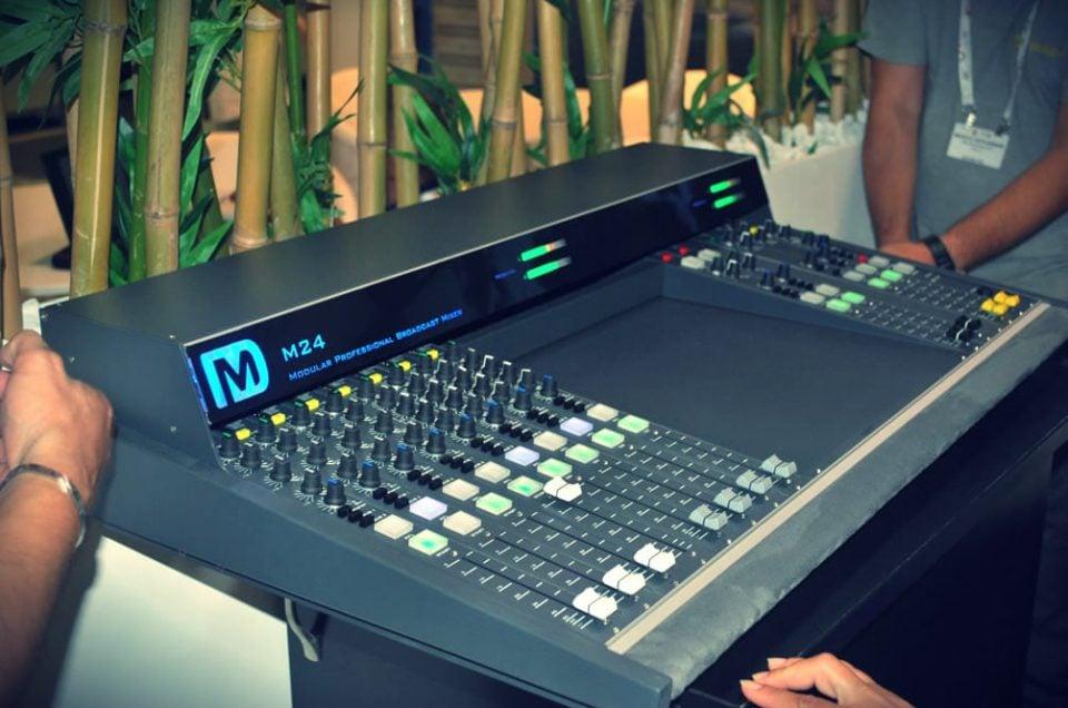 Dm Broadcast: un Mixer da 2.900 Euro alla miglior Web Radio